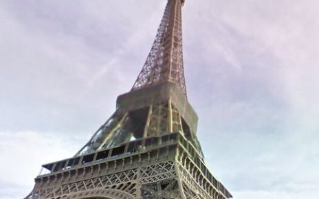 A picture of the eifle tower